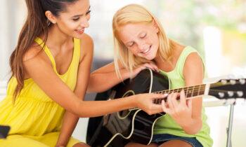 5 Λόγοι για τους οποίους τα Ιδιαίτερα Μαθήματα Μουσικής Αποδίδουν Καλύτερα!